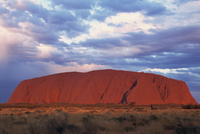 Uluru (Ayers Rock), Uluru-Kata Tjuta National Park, UNESCO World Heritage Site, Northern Territory, Australia, Pacific 20025359232| 写真素材・ストックフォト・画像・イラスト素材|アマナイメージズ
