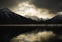 Vermilion Lakes, Banff National Park, UNESCO World Heritage Site, Alberta, Canada, North America 20025359994| 写真素材・ストックフォト・画像・イラスト素材|アマナイメージズ