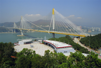 The 1177m cable stayed Ting Kau Bridge linking the northwest New Territories, city and airport via Tsing Yi island, part of the 20025360635| 写真素材・ストックフォト・画像・イラスト素材|アマナイメージズ