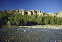 Strange eroded rock formations, Dutch Creek Hoodoos and Kootenay River, British Columbia, Canada 20025360686| 写真素材・ストックフォト・画像・イラスト素材|アマナイメージズ