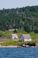 Historic settlement on Ile Bonaventure offshore of Perce, Quebec, Canada, North America 20025363018| 写真素材・ストックフォト・画像・イラスト素材|アマナイメージズ