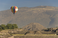 Hot air balloon with Pyramid of the Moon in the background, Archaeological Zone of Teotihuacan, UNESCO World Heritage Site, Mexi