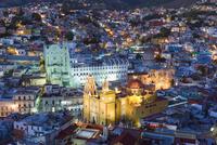 Basilica de Nuestra Senora de Guanajuato and University building, Guanajuato, UNESCO World Heritage Site, Guanajuato state, Mexi 20025363875| 写真素材・ストックフォト・画像・イラスト素材|アマナイメージズ