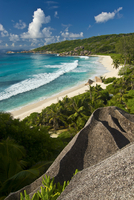 View over the beach of Grand Anse, La Digue, Seychelles, Indian Ocean, Africa 20025364831| 写真素材・ストックフォト・画像・イラスト素材|アマナイメージズ