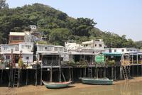 Stilt houses, Fishing village of Tai O, Lantau Island, Hong Kong, China, Asia 20025366474| 写真素材・ストックフォト・画像・イラスト素材|アマナイメージズ