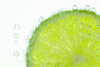 ライム 20026001578  写真素材・ストックフォト・画像・イラスト素材 アマナイメージズ