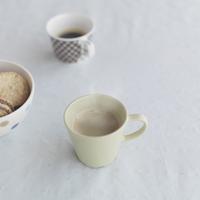 クッキーとコーヒー 20027000299| 写真素材・ストックフォト・画像・イラスト素材|アマナイメージズ