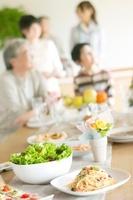 パーティー料理と3世代家族