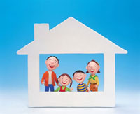 マイホームと笑顔の家族