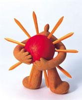 太陽を抱える人