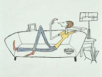 ソファの上でさくらんぼをつまむ女性 20037001603| 写真素材・ストックフォト・画像・イラスト素材|アマナイメージズ