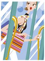 ドアを開ける女性 20037001763| 写真素材・ストックフォト・画像・イラスト素材|アマナイメージズ