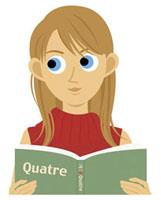 教科書を手に勉強する女性