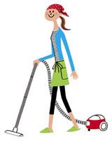 エプロン姿でてきぱき掃除機をかける女性 20037001913| 写真素材・ストックフォト・画像・イラスト素材|アマナイメージズ