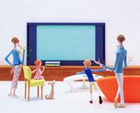 テレビと親子4人
