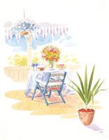 テーブルの上の乗ったグラスと花 20037004512| 写真素材・ストックフォト・画像・イラスト素材|アマナイメージズ