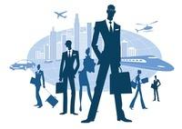 ビルや新幹線を背に立つビジネスマンと女性