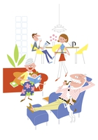 それぞれの時間を楽しむ家族イメージ 20037007958| 写真素材・ストックフォト・画像・イラスト素材|アマナイメージズ