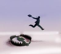 Businessman jumping over bear trap 20039006692| 写真素材・ストックフォト・画像・イラスト素材|アマナイメージズ