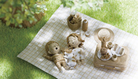 ピクニックで昼寝をしている子供と犬 20041000491| 写真素材・ストックフォト・画像・イラスト素材|アマナイメージズ