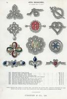 Gem brooches in diamond, pearl. 20042003755| 写真素材・ストックフォト・画像・イラスト素材|アマナイメージズ