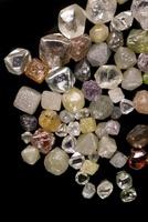 Selection of diamond crystals 20047000742| 写真素材・ストックフォト・画像・イラスト素材|アマナイメージズ