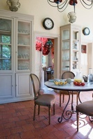 Breakfast room in Chateau de la Verrerie (France)