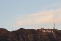 Hollywood sign at dusk 20055022784  写真素材・ストックフォト・画像・イラスト素材 アマナイメージズ