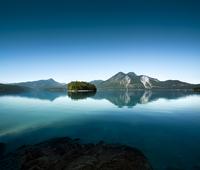 Mountain lake ?Walchensee? 20055024413  写真素材・ストックフォト・画像・イラスト素材 アマナイメージズ