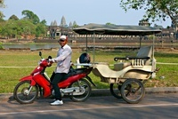 Tuk tuk driver at Angkor Wat, Siem Reap, Cambodia, Vietnam