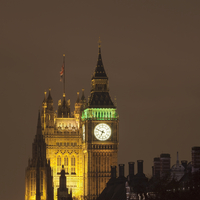 Big Ben and Parliament lit up at night
