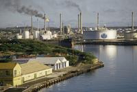 Oil refinery, Willemstad, Curacao, West Indies, Central America 20062001954| 写真素材・ストックフォト・画像・イラスト素材|アマナイメージズ
