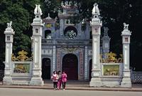 Quan Thanh Pagoda, Truc Bach Lake, Hanoi, Vietnam, Indochina, Southeast Asia, Asia