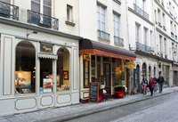Shops and restaurants on the Ile St. Louis, Paris, France, Europe 20062004734  写真素材・ストックフォト・画像・イラスト素材 アマナイメージズ