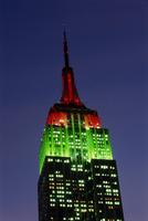 The Empire State Building illuminated at dusk, Manhattan, New York City, United States of America, North America 20062004979| 写真素材・ストックフォト・画像・イラスト素材|アマナイメージズ