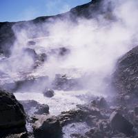 Geothermal steam vents, Iceland, Polar Regions 20062009537| 写真素材・ストックフォト・画像・イラスト素材|アマナイメージズ