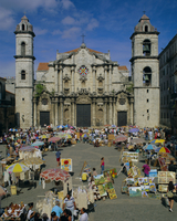 Cathedral, Plaza and market, Havana, Cuba, West Indies, Central America 20062013967| 写真素材・ストックフォト・画像・イラスト素材|アマナイメージズ