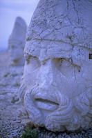 Ancient carved heads of gods on summit of Mount Nemrut, Nemrut Dagi (Nemrut Dag), UNESCO World Heritage Site, Anatolia, Turkey, 20062015624| 写真素材・ストックフォト・画像・イラスト素材|アマナイメージズ
