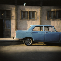 Old blue Soviet car, Havana, Cuba, West Indies, Central America 20062015722| 写真素材・ストックフォト・画像・イラスト素材|アマナイメージズ