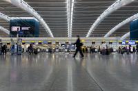 Heathrow Airport Terminal 5 interior, London, England, United Kingdom, Europe 20062017829| 写真素材・ストックフォト・画像・イラスト素材|アマナイメージズ