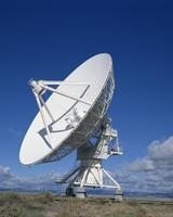 A radio telescope in New Mexico, United States of America, North America 20062018366| 写真素材・ストックフォト・画像・イラスト素材|アマナイメージズ