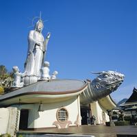 Fukusai-ji Zen Temple, 18m high goddess Kannon on turtle, Nagasaki, Japan 20062019568| 写真素材・ストックフォト・画像・イラスト素材|アマナイメージズ