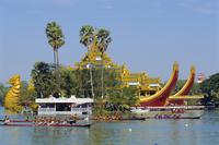 Royal Lakes annual boat race, Yangon, Myanmar, Asia 20062020838| 写真素材・ストックフォト・画像・イラスト素材|アマナイメージズ