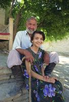 Chor Bakr, Uzbek caretaker and his granddaughter, near Bukhara, Uzbekistan, Central Asia, Asia 20062021035| 写真素材・ストックフォト・画像・イラスト素材|アマナイメージズ