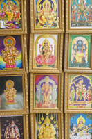Pictures of various Hindu Gods for sale in Little India, Singapore, South East Asia 20062021312| 写真素材・ストックフォト・画像・イラスト素材|アマナイメージズ