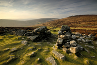 Grimspound Bronze Age settlement, Dartmoor, Devon. UK Februa 20070000542| 写真素材・ストックフォト・画像・イラスト素材|アマナイメージズ