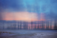 Blurry painterly natural landscape at sunrise 20071011577| 写真素材・ストックフォト・画像・イラスト素材|アマナイメージズ