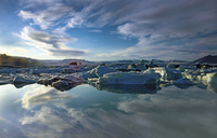 glacier lagoon 20074000021  写真素材・ストックフォト・画像・イラスト素材 アマナイメージズ