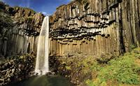 waterfall 20074000025| 写真素材・ストックフォト・画像・イラスト素材|アマナイメージズ