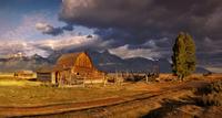 barn in the mountains 20074000061  写真素材・ストックフォト・画像・イラスト素材 アマナイメージズ